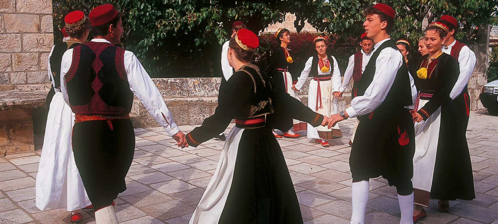 Konavle folk costume, Source: www.photonet.hr